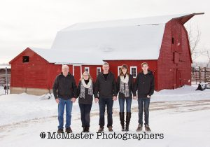 farm winter photos  #yeg #family #photographers #photo #winter